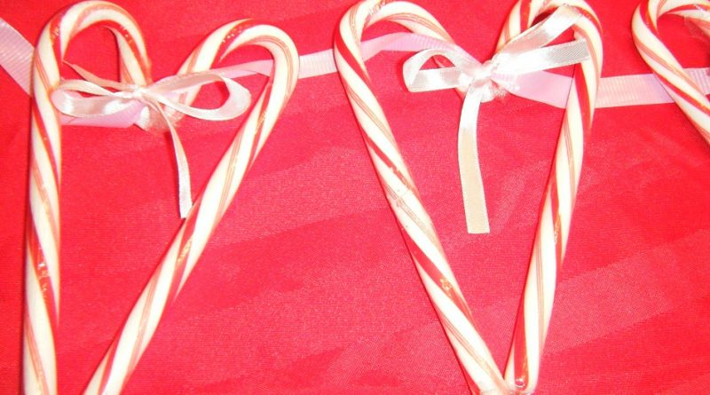 candy cane heart craft